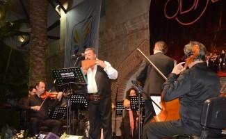 Ünlü Pan Flüt sanatçısı Gheras, Kuşadası'nda konser verdi