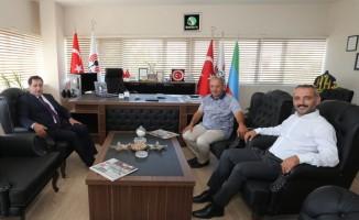 Vali İzzettin Küçük, Milli İradenin Sesi Sancaktar Medya'yı ziyaret etti