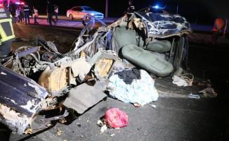 Aksaray-Konya yolunda feci kaza: 2 ölü, 1 bebek kayıp