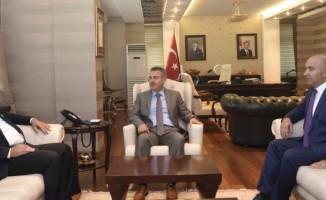 Azerbaycan Ankara Büyükelçisi Hazer İbrahimi Vali Süleyman Elban'ı ziyaret etti