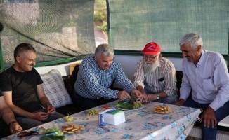 Başkan Çelik, Taşhanlı vatandaşa misafir oldu