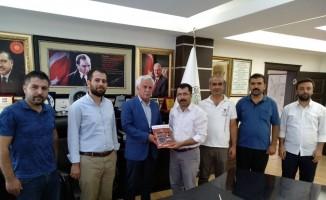 Başkan Toprak İlim Yayma Cemiyeti yöneticileri ile bir araya geldi