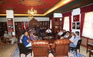 Belediye Başkanı Seçen, muhtarlarla istişare toplantısı yaptı