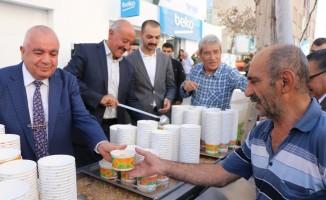 Bingöl Ticaret'ten bin 500 kişilik aşure ikramı
