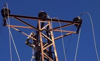 Dicle Elektrik kaçakla çok yönlü mücadele ediyor