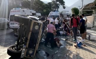 Fethiye'de safari cipi devrildi: 11 yaralı