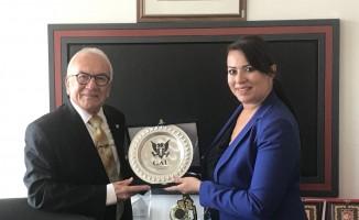 GAÜ Rektörü Öztürk'ten BRTK müdürüne ziyaret
