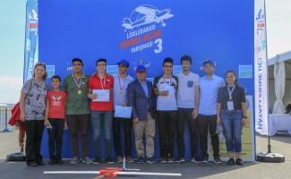 Gençlerin hayalleri, İstanbul Yeni Havalimanı'nda göklere yükseldi
