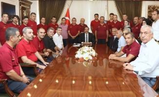 İtfaiyeden Başkan Atilla'ya ziyaret