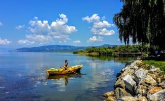 İznik gölü hızla çekiliyor