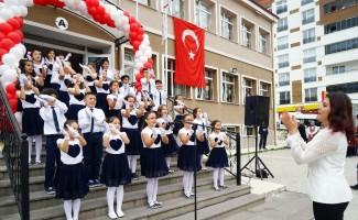 Kastamonu'da yeni eğitim-öğretim yılı törenle açıldı