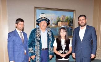Kazakistanlı gazeteciler SANKO'da