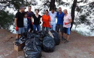 Marmaris'te 'yürü ve temizle' etkinliği