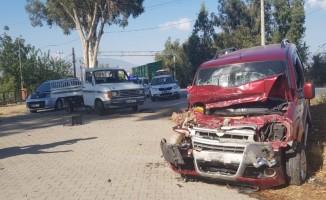 Nazilli'de zincirleme trafik kazası: 3 yaralı