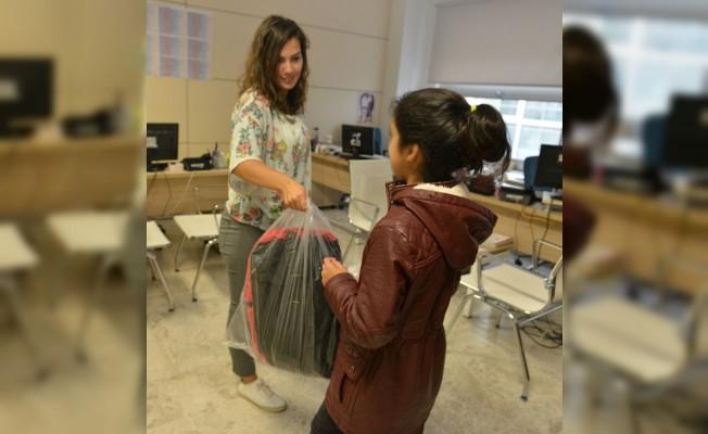 Nilüfer Belediyesi'nden öğrencilere kırtasiye yardımı