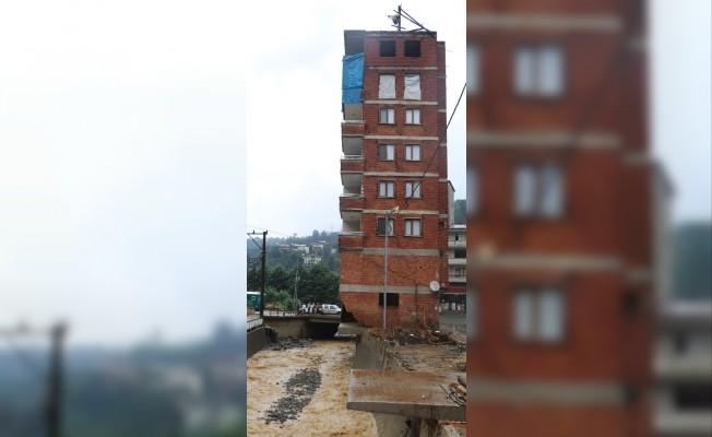 O bina için yıkım kararı verildi