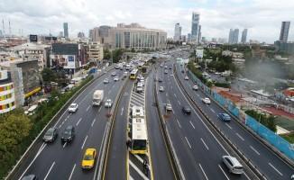 Okmeydanı'ndaki metrobüs kazası havadan görüntülendi