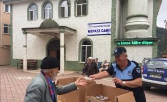 Ordu Büyükşehir Belediyesi 19 ilçede aşure dağıttı