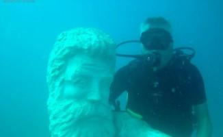 Su altındaki müzeye yeni heykeller