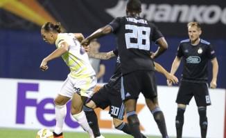 UEFA Avrupa Ligi: Dinamo Zagreb: 2 - Fenerbahçe: 0 (İlk yarı)