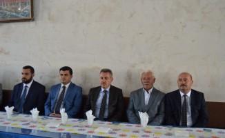 Vali Elban, Eleşkirt'te  Başkan Sarı'ya taziye ziyaretinde bulundu