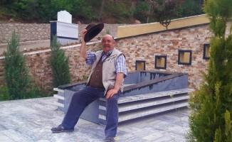 Yakup Yavru, 5 ay önce mezar ile çeşme yaptırmış