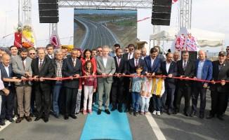 40 yıldır beklenen köprü açıldı