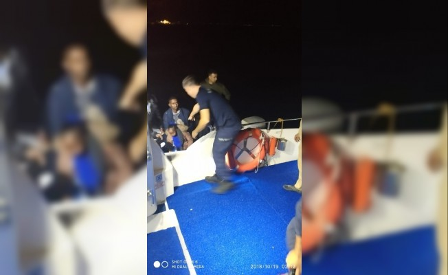 7 metrelik tekne ile kaçmaya çalıştılar