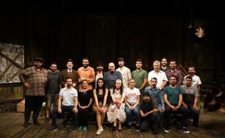 Alanya Belediye Tiyatrosu sezonun ikinci prömiyerini yapıyor