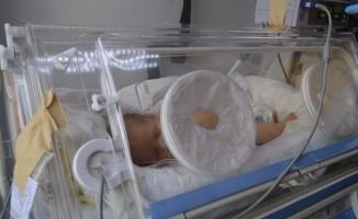 Ambulans uçak Rüzgar bebek için havalandı