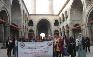 Başkaleli kadınlar için Karadeniz-Batum gezisi