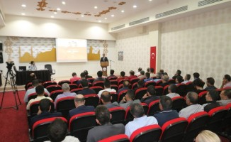 Belediye personeline afet bilinci semineri verildi