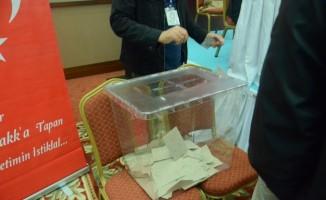 Bem-Bir-Sen'de  Başkan Hanbay güven tazeledi