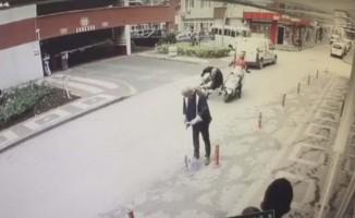 Bisikletle motosikletin çarpıştığı kaza kamerada