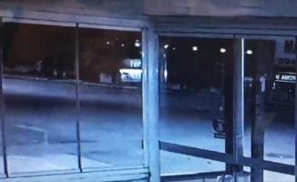 Çalıştığı yeri kundakladı sonra yangını izledi