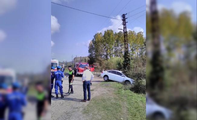 Cenaze yolunda feci kaza: 1 ölü, 2 yaralı