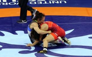 Elif Jale Yeşilırmak, Dünya Güreş Şampiyonası'nda gümüş madalya kazandı