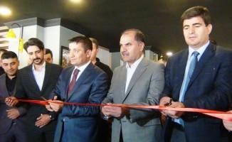 Erciş'te iş yeri açılışı