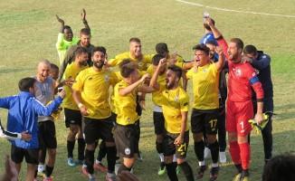 Foça Belediyespor'dan 3 puanı 3 golle aldı