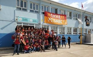Galatasaray sevdalısı Oğuz Arda'nın ismi kütüphaneye verildi