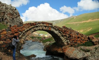 Gümüşhane'de 557 yıllık Taşköprü onarılacak