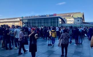 GÜNCELLEME - Köln merkez tren istasyonunda rehine krizi