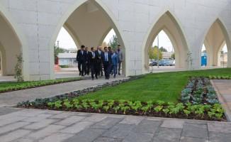 Gürkan'dan Turgut Özal Üniversitesi'ne destek sözü