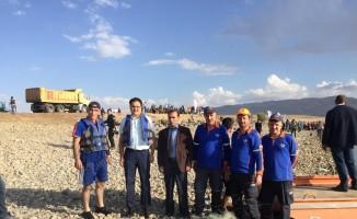Haçlı Gölü'nde 2 bin metrelik ağ ele geçirildi