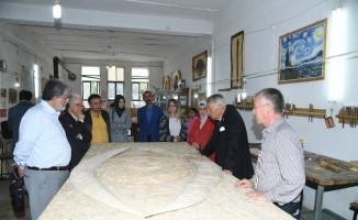 Isparta belediyesinin sanat merkezi ve müzelerine hayran kaldılar