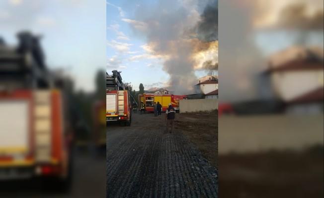 Isparta'da samanlık yangını