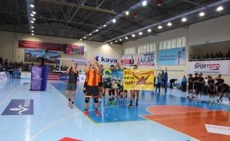 Jeopark Kula Belediyespor: 2 - Galatasaray: 3