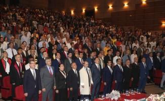 Kamu Başdenetçisi Malkoç, Dicle Üniversitesinin akademik yıl açılışına katıldı