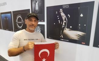 Köln'deki Photokina 2018 Fuarı'nda Türk bayrağı açtı, ilgi gördü