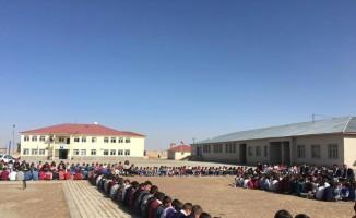 Köy okulunda okuma etkinliği
